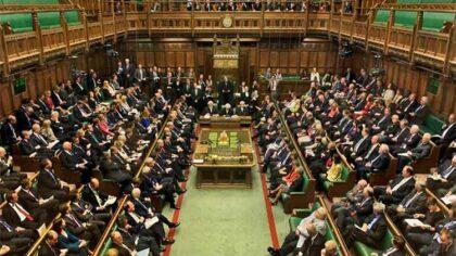 Guvernul britanic admite ca timpul...
