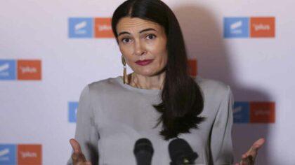 Clotilde Armand, un nou scandal:...